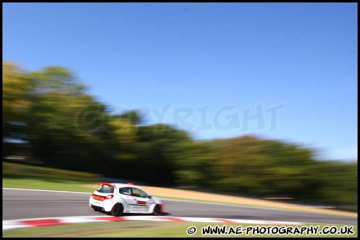 IMAGE: http://www.ae-photography.co.uk/albums/011011/slides/BTCC_and_Support_Brands_Hatch_011011_AE_041.jpg